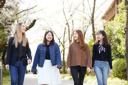 海外留学および留学生受入.jpg